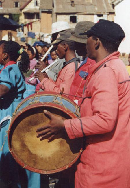 Rencontres quotidiennes et traditions ancestrales